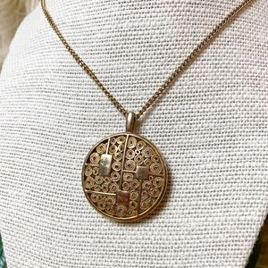 Sarah Coventry Jewelry - Vintage Sarah Coventry Gold Circle Necklace
